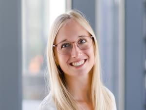 Bettina Scherzl, Wohnbaufinanzierungsberaterin